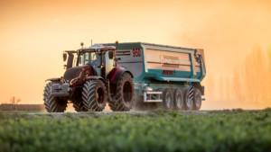 Valtra- ja Fendt-traktoreiden varaosapäivystys
